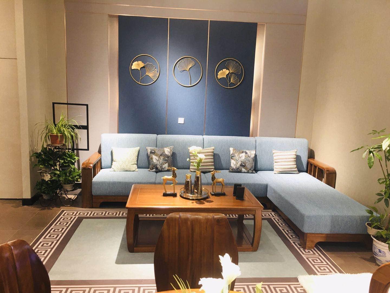 曲红新中式家具玩转现代时尚感