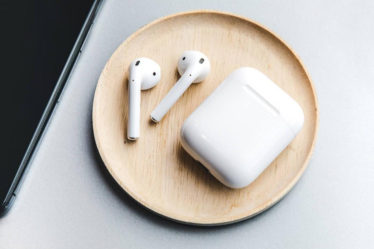 以静制动!漫步者再次让耳机界沸腾,TWSNB2登场,网友:要啥苹果?
