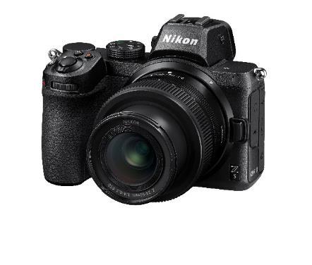 電子機器, カメラ, 写真, 座る が含まれている画像 自動的に生成された説明