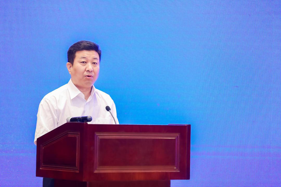 """山东首个普惠险""""淄博齐惠保""""发布 淄博市副市长现场投保第一单"""