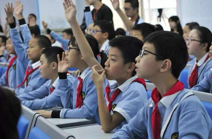 台州近视治疗方式有哪些?缓解青少年近视问题迫在眉睫