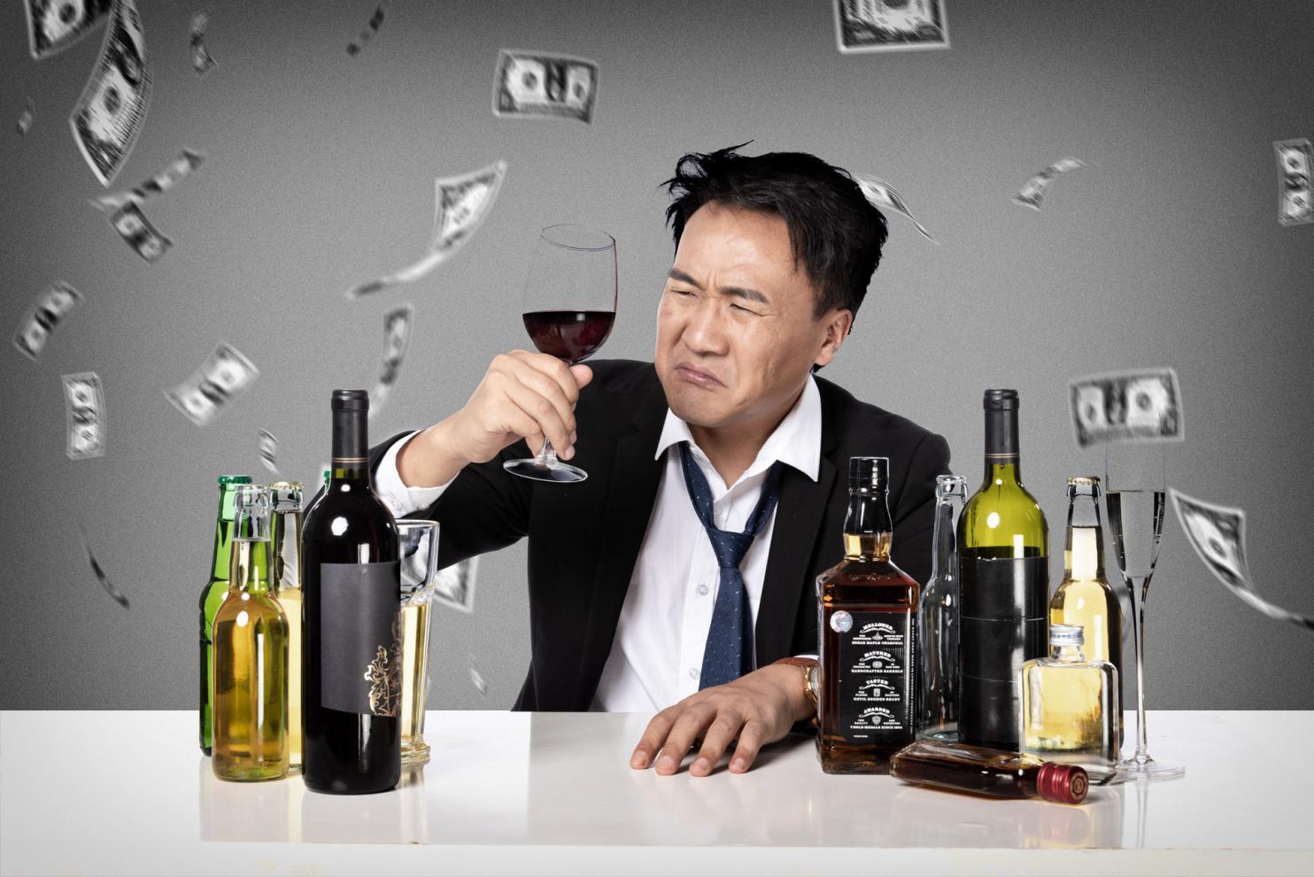 摄图网_501036040_banner_喝酒的男人(非企业商用)