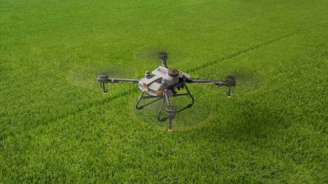 大疆发布新农业无人机:市场仍处培育期,要让更多年轻人加入