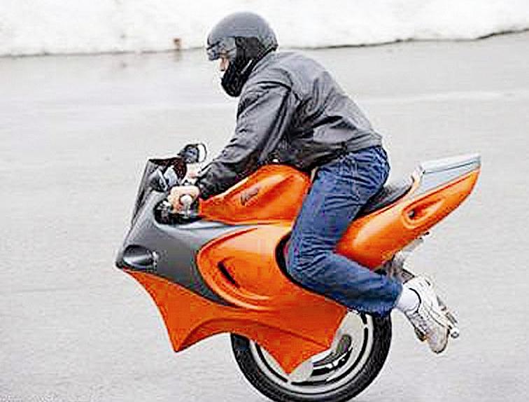 加拿大PC摩托车