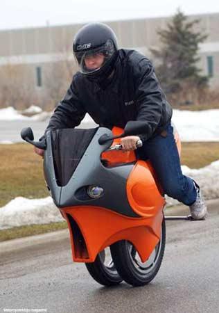 加拿大28 摩托车